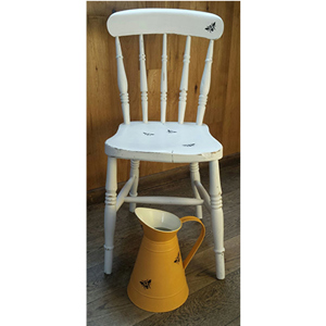 Old for New - Shabby Chic Collection: Chair with bee motif
